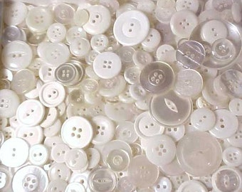 White plastic assorted bulk buttons  Mixed sizes  440 pcs