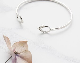 Silver Open Bangle With Beaded Edge Detail