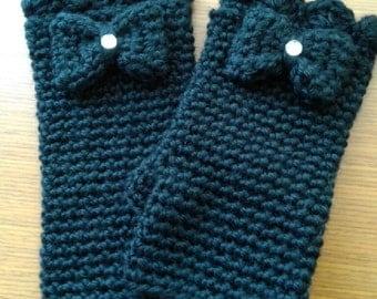 Small Crochet Fingerless Gloves
