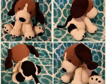 Crocheted Beagle Puppy