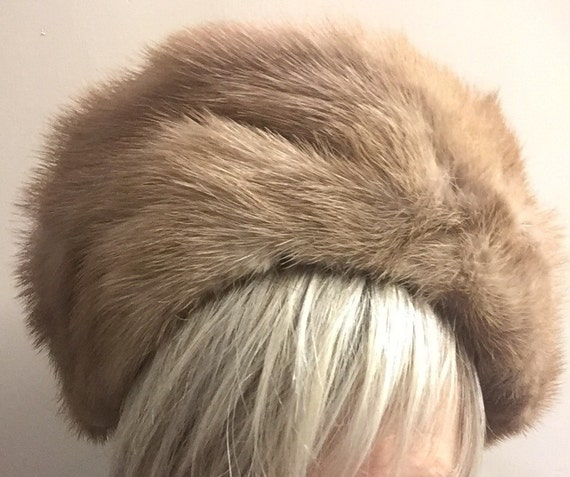 Blonde mink fur hat with bow detail