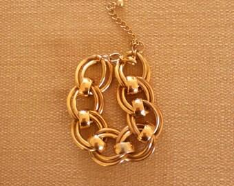 Vintage 80s Gold Tone Link Bracelet, Power Bracelet, Business Bracelet, Heavy Bracelet, Large Link Bracelet, Chic Bracelet, Preppy Bracelet