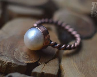 Copper ring with pearl