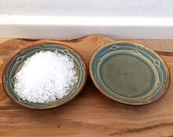 Rune Quistgaard - Kronjyden - Bing and Grondahl - Set of 2 Small Dish /Bowl - Danish design from the 1960s