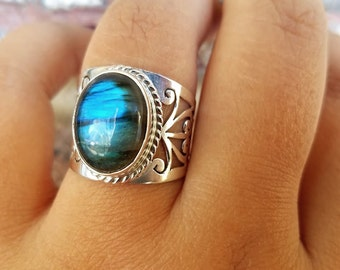 Blue Labradorite Ring -  Cocktail Ring - Handmade Sterling Silver Labradorite Jewelry - Gemstone Tribal Ring