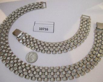 JEF10716: Beautiful Vintage Necklace & Bracelet Set