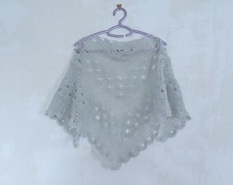 lace shawl, shawl very light gray, woman shawl, woman accessories, woman fashion, woman gift, handmade shawl, handknitted shawl