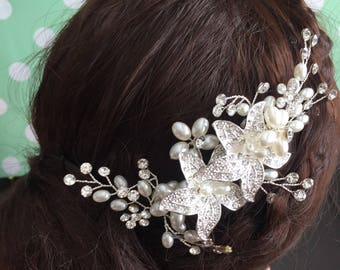 Wedding hair comb, Pearl bridal hair comb, bridal hair accessories, wedding hair accessories, crystal hair comb, vintage comb,bridal jewelry