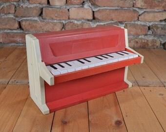 Working piano 14 piani keys Red piano Children piano Musical instrument Piano instrument Vintage toy Musical toy Old musical toy Piano keys