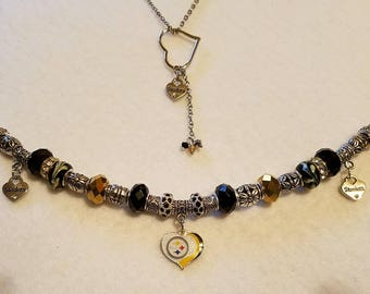 Pittsburgh Steeler NecklAce and matching Bracelet Set.
