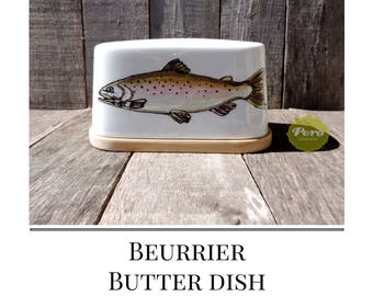 "BUTTER dish, customized,porcelain, bambou base, Fish-Trout drawing, personalized by a quote 'Bon Appétit!"", gift for fisherman,"