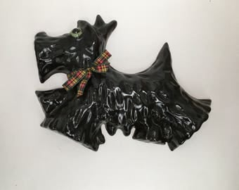 Vintage Pottery Wall Plaque Hanging Decor Scottie dog Scottish Terrier