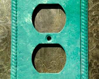 Aqua Switchplate, Electric Outlet Cover, Painted Electric Outlet Cover, Teal Aqua Turquoise outlet cover - upcycled outlet cover