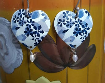 Dainty little blue floral hearts