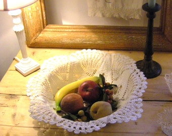 Basket from old crocheted lace