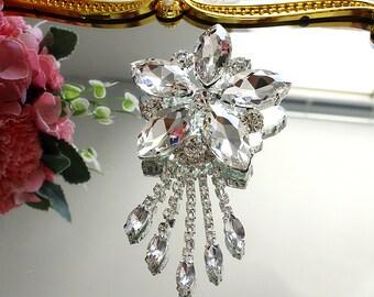 Five-petaled flower tassels Rhinestone Brooch pin Embellishment Crystal Clear Wedding Dangle Brooch Bouquet Invitation Bridal Hair Comb Shoe