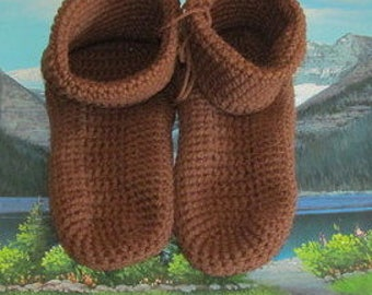 Hand crochet slippers adult men and women CSA 002