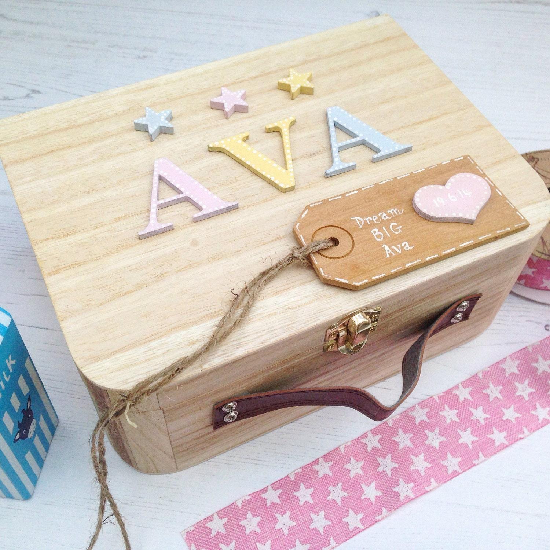 baby memory box girls newborn gift personalised newborn gift. Black Bedroom Furniture Sets. Home Design Ideas