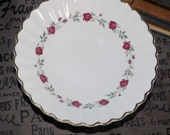 Late mid-century (c. late 1950s) Meakin Rose Marie cereal bowl. Red rose garland, greenery, scalloped gold edge. Classic White ironstone.