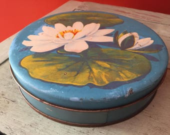 SHIPS FREE!! Vintage Candy Tin with Lilly Pads