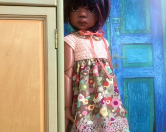 Flowers and crochet for Kaye Wiggs MeiMei body
