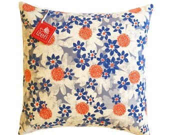 """Flower Pillow 