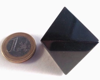 Obsidian black in octahedron
