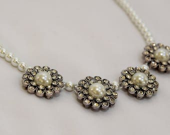 Pearl Necklace, necklace, pearl, flower, flower necklace, white pearl, white flower