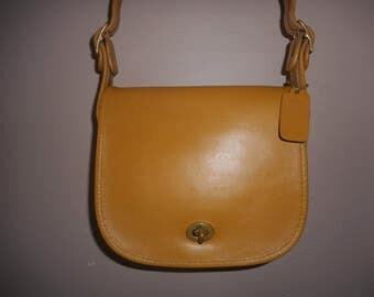 VINTAGE COACH Leather Crossbody/Shoulder Bag NYC