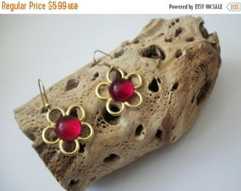 ON SALE Retro Gold Tone Red Plastic Stone Earrings 10517