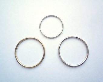 Large silver tone closed steel jump rings, 12 large 34 mms in 12 gage or 20 small 28 mms in 14 gage O rings,