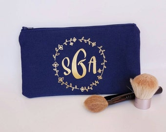 Monogrammed Make up Bag - Personalized Makeup Bag - Personalized Bridesmaid Gift - Monogrammed Cosmetic Bag - Best Friend Gift - Girlfriend