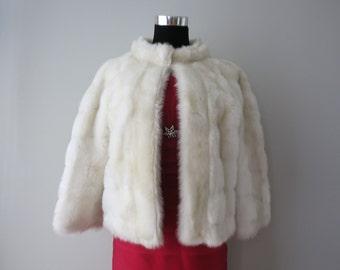 Original 60s fausse fourrure designer court veste blanche S / M