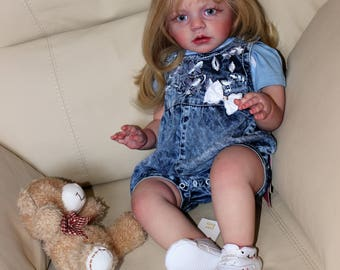 Reborn baby doll , Alisa ( kit Isabella)