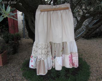 Joli ensemble romantique, shabby et boho, jupe en coton à volants