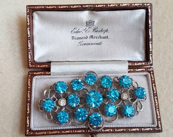 Vintage turquoise paste glass set brooch pin