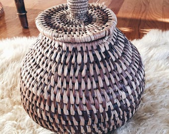 Bostwana lidded basket, african hand woven coiled basket with lid