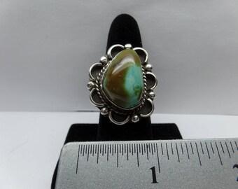 Vintage Sterling Silver Turquoise Ring / FEM
