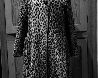 Lovely 1950s leopard faux pony fur swing coat size 8/10 small