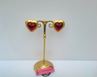 Earrings clips of the creator RegisDho to the Armada. Vintage, new, stylized red heart, valentine's day.