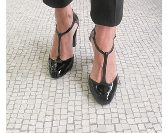 SALES , T strap heel shoes, Black patent leather t strap heel, Handmade in Italy pumps, Black leather Women pumps, Justine