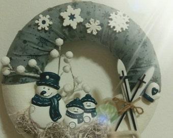 Winter Garland with snowmen
