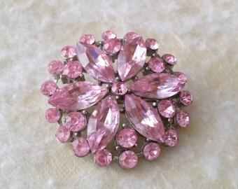 STUNNING Vintage Silver Tone Pink Rhinestone Flower Brooch