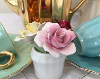Delightful Vintage Royal Doulton Fine Bone China Posy, Perfect