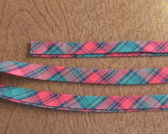 Handmade Cotton Double-Fold Bias Seam Binding - Christmas Plaid - Vintage - 1 Yd.