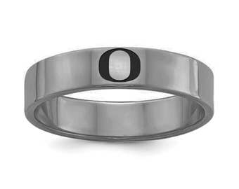 Oregon Ducks Ring   Stainless Steel   6mm and 8mm Width   Officially Licensed   Band Style