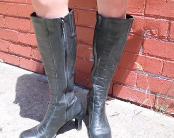 Leather Knee High Boots / 90s Vintage