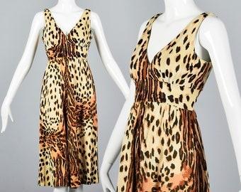 Large Sleeveless Comfortable Dress Deep V Neckline Dress Vintage 1970s 70s Leopard Print Animal Print Empire Waist