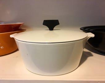 Vintage Corning Dutch Oven and Lid (Bakelite handle)