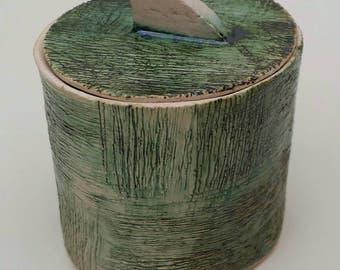 Mini oval green box